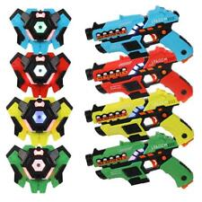 Pack of 4 Laser Tag Guns and Vests Blasters - Laser Battle Game Infrared 0.9mW