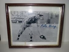 Early Baseball Autograph PETE GRAY PHOTOGRAPH - BROWNS ONE ARMED PITCHER