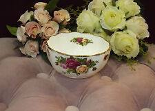 ROYAL ALBERT ART.16198 - COPPETTA OLD COUNTRY ROSES