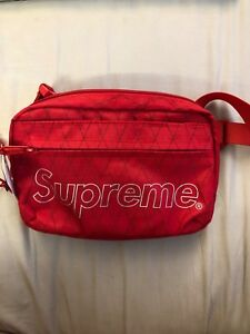 Supreme Shoulder Bag FW18 Red BRAND NEW