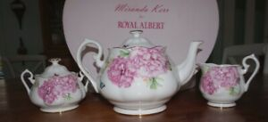 "Miranda Kerr for ROYAL ALBERT  - ""Friendship""   Teapot, Cream, Sugar set"