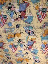 Disney grand drap plat Mickey Minnie Donald Dingo Pluto Dorma Sunrise