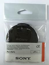 Genuine Sony ALC-F67S 67mm Center Pinch Lens Cap