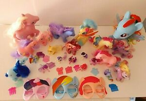 A Lot Of 21 My Little Ponies and accessories