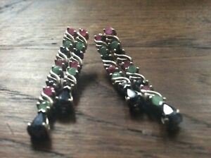 Silver earrings with emerald and ruby