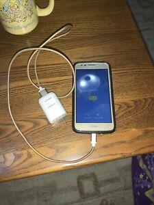 Motorola Moto E4 16GB - Gold  Smartphone