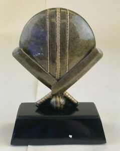 Cricket Trophy x1 Engravable (A222AGGT)