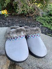 New Isotoner Slippers Szie 8/9 Boho Retro Comfy Casual Dress ECU
