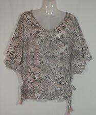 JUST JEANS PALE PINK & GREY PATTERNED BATWING TOP - SIZE 12 APPROX
