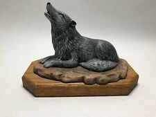 Vintage Provincial Mold Hand Painted Howling Wolf Coyote 1995 Figurine Statue