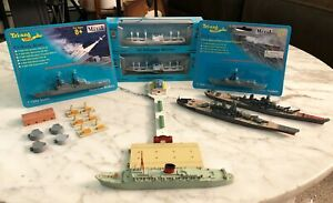 Tri Ang Minic Lot of 16 Diecast Military & Cruise Ships Parts & 1959 Full Pier