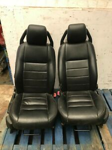 LAND ROVER DISCOVERY 3 LEATHER FRONT SEATS MANUAL BLACK LEATHER