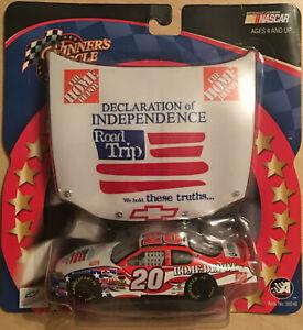 Winner's Circle 2003 Tony Stewart 1/43 DOI Road Trip Car Hood NASCAR