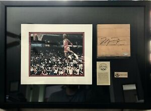MICHAEL JORDAN Signed Auto LE UDA Chicago Bulls GAME USED Floor Framed Shadowbox