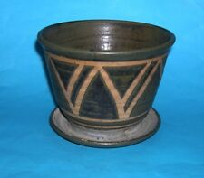 Earth Pottery Lowestoft - Attractive One Piece Planter With Drip Tray -(Stamped)