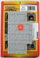 HO Scale Stone Stepped Wall Abutment (1 Piece) - Chooch Enterprise #8400