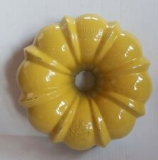 Vintage NORDIC WARE 12 Cup Cast Aluminum Bundt Fluted Tube Pan - Yellow & White