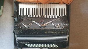 "Beautiful professional accordion ""Hohner Organola de Luxe"" accordeon w.pickups"
