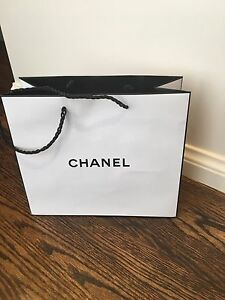 Chanel medium white w/ black trim gift bag brand new