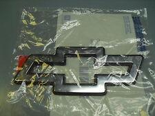 94 95 96 IMPALA SS FRONT GRILL BOWTIE EMBLEM BLACK / CHROME OEM GM 10249082