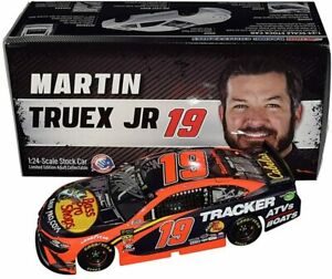 2X SIGNED 2019 Martin Truex Jr & Cole Pearn #19 Bass Pro CHROME 1/24 Diecast Car