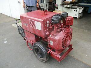 LINCOLN LINCWELDER 225 PORTABLE DC ARCWELDER W/ ONAN CCKA-S / 1627 GAS ENGINE