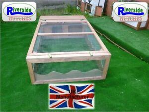 5' X 3' Tortoise / Rabbit / Guinea Pig Run with Hut Shelter