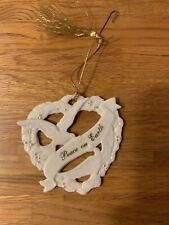 Lenox Peace On Earth Doves Gold Club Exclusive Porcelain Christmas Ornament