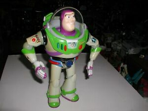 RARE TOY STORY BUZZ LIGHTYEAR WITH CHROME BELT,LIGHTS AND SOUND