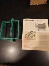 Vintage 1964 Karbercraft Wonder Weave Hand Loom w/ Instructions