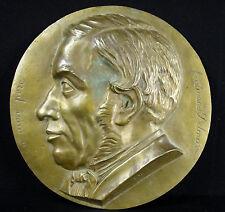 """Médaille médaillon """"A mon Père"""" Ferdinand Delmas 782 g 22 cm daté 1858  Medal"""