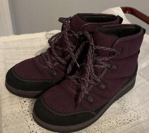 Cloudsteppers By Clarks Lace Up Cabrini Clove Boots Aubergine/purple Sz 8 M