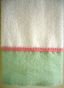 GREEN SEERSUCKER Hand Towel (1) White 100% Terry Cotton Pink Trim NEW UtaLace