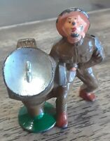 Vintage Barclay Manoil Lead Soldier Searching For Airplane With Search Light