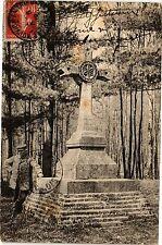 CPA  Domaine de Guisses Forét du Nouvion-en-Thierache la Croix des ...  (201868)