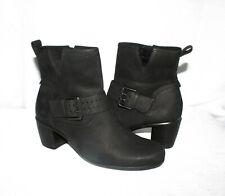 Ecco Women's Black Leather Buckle Accent Zip Low Heel Ankle Boots Sz 38/7-7.5