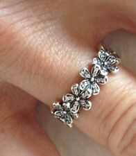 Brand New Sterling Silver Dazzling Daisy Ring size 6 / 54