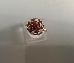 Vintage 9ct Gold Women's Garnet & CZ Ring Lovely Condition Size M Weight 2.96g
