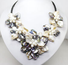 """White Black Color Shell Mop White Pearl Flowers Pendant Necklace Handwork 18"""""""