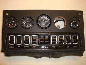 1A(59800) Jaguar Series 3 V12 XKE Etype Center Gauge Dash Panel