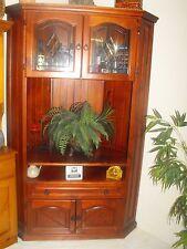 TV Cabinet corner