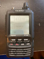 Yaesu FT2D Handheld Radio with spare battery pack - Looks nice and fresh