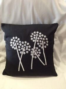 PACK OF 4 X BLACK WITH WHITE DECORATION  CUSHION COVERS  40cm X 40cm