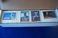 1992 TOPPS COMPLETE 792 CARDS BASEBALL SET WITH MANNY RAMIERZ ROOKIE CARD