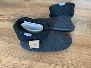 NEW Dunlop boot slippers Size 9