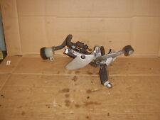 yamaha yzf600 1997 thundercat o/s foot peg+hanger+brake master cylinder