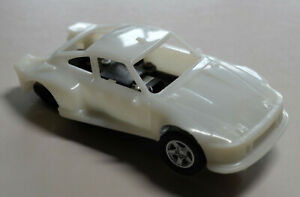 Cartronic 143 Rohkarosserie Porsche 935 mit Chassis