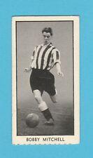 FOOTBALL - D.C. THOMSON / WIZARD - FOOTBALLER CARD -  BOBBY  MITCHELL  -  1956