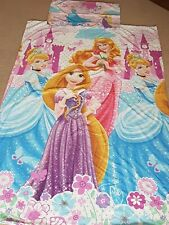 Girls Disney Princesses Reversible Single Duvet Cover Set.