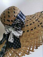 Cappello in paglia da donna a tesa larga con fascia stoffa nera e bianca